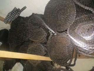 Роликовые цепи для зерноочистительных машин.