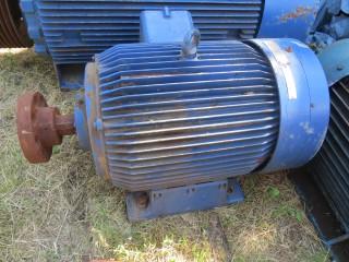 Электродвигатель 90 КВТ. 1480 оборотов.