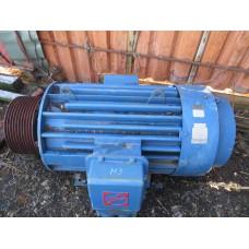 электродвигатель 250 киловатт 1480 оборотов в мин. Асинхронный. Бывший в употреблении.